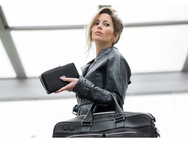 Portafoglio nero da donna in pelle lifestyle