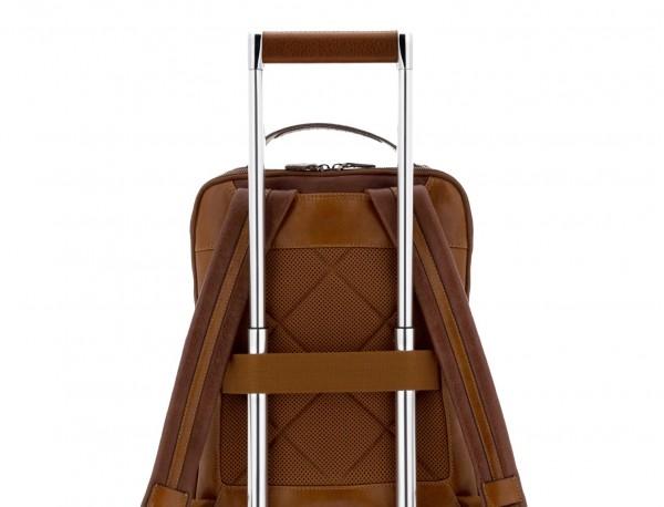 mochila vintage de piel para portátil marrón trolley