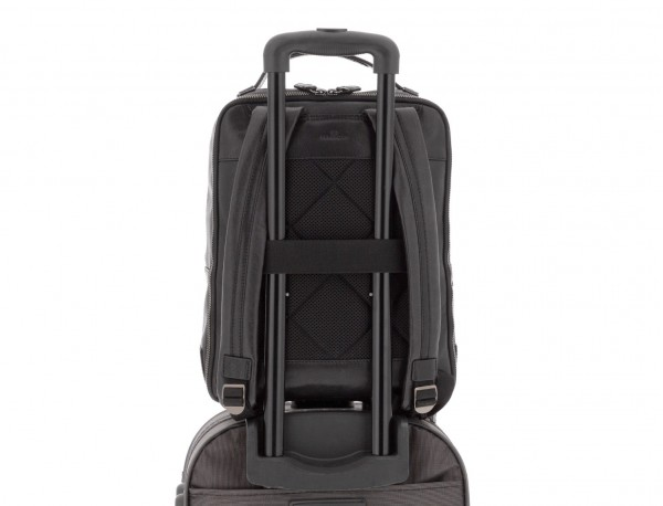 mochila vintage de piel para portátil negra trolley