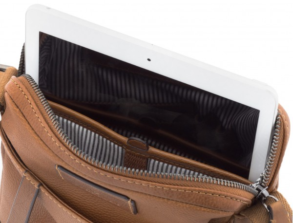 Leather cross body bag light brown tablet