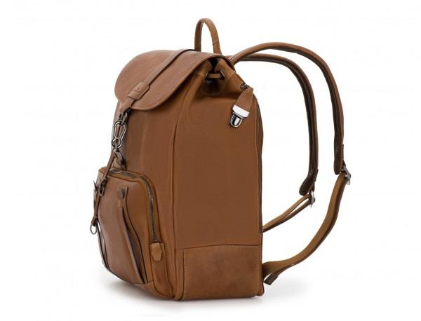 mochila de piel vintage marrón claro lado