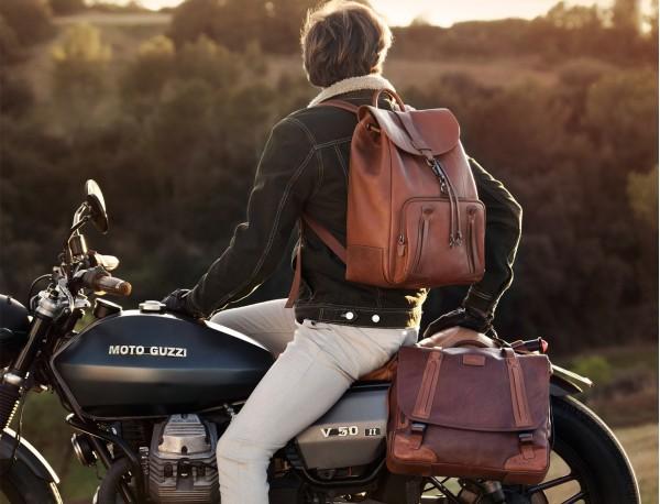 mochila de piel vintage marrón claro modelo