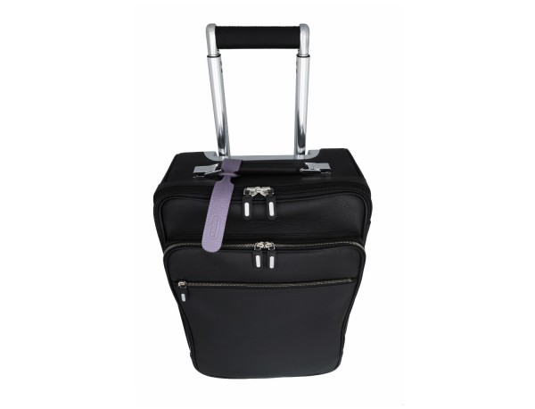 identificatori per valigie in pelle in lilla lifestyle