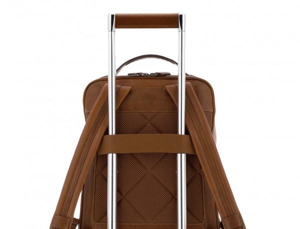 mochila vintage de piel para portátil marrón claro trolley