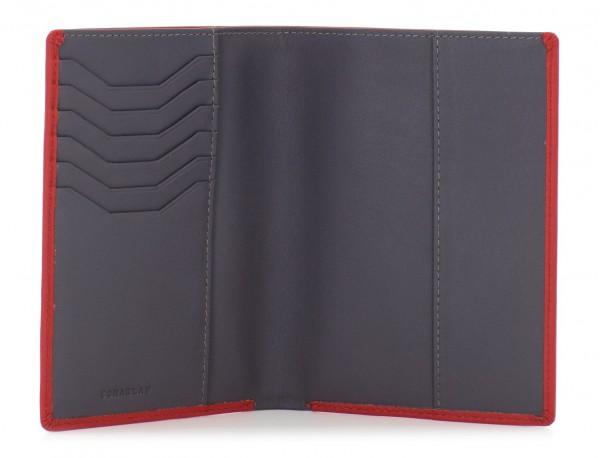 funda de piel para pasaporte rojo abierto