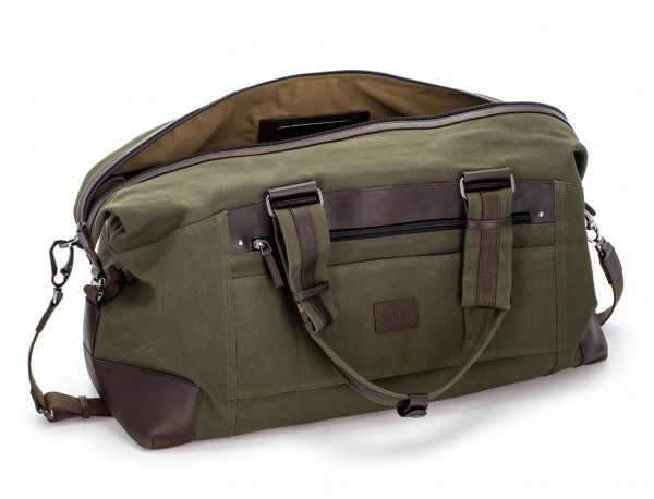 Duffle travel bag in canvas and leather in green open