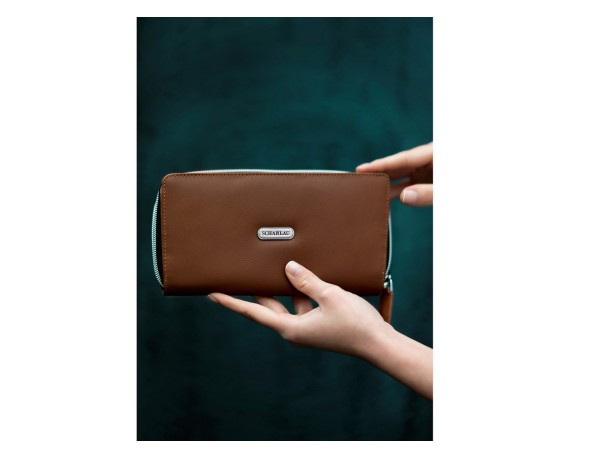 Leather women's wallet with coin pocket in camel lifestyle