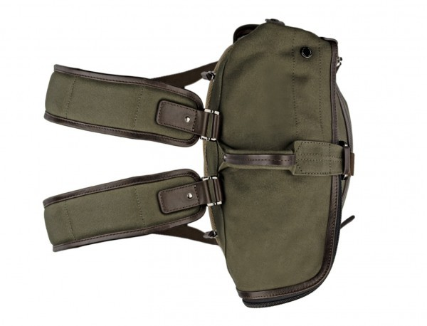 Backpack with flap in canvas and leather in green up