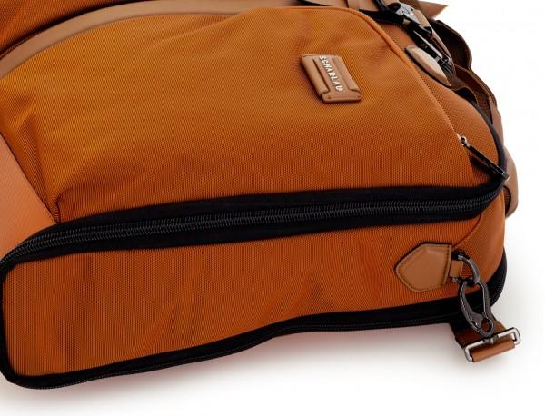 Travel suit bag in anthracite black detail