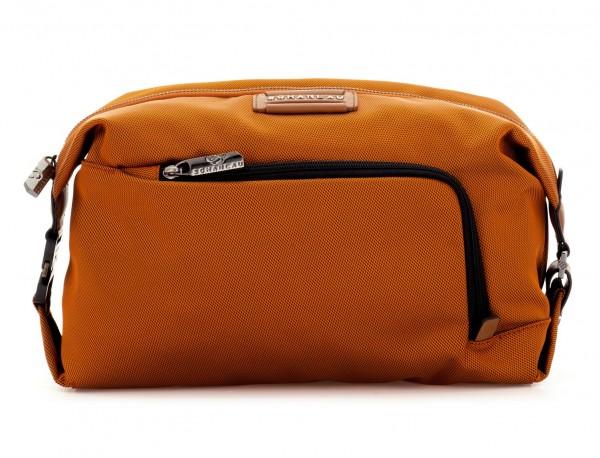 Toilet bag in orange front