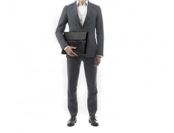 funda para portátil 15,6 de cuero negra modelo