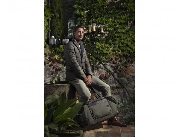 Bolsa de viaje de lona y piel en verde lifestyle