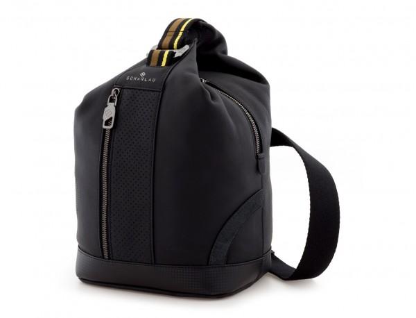 bolso bandolera de cuero negro lado