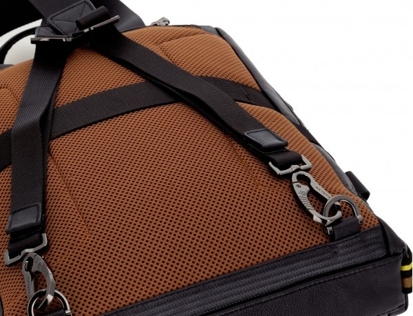 leather bag and backpack for laptop black detail