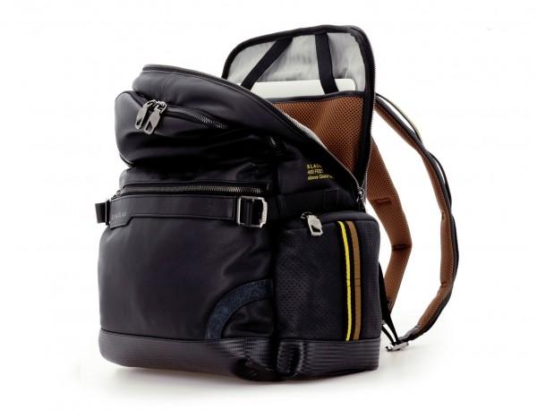 mochila de cuero para caballero negra abierta
