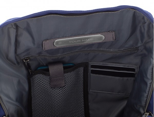 mochila de material reciclado azul personalizada