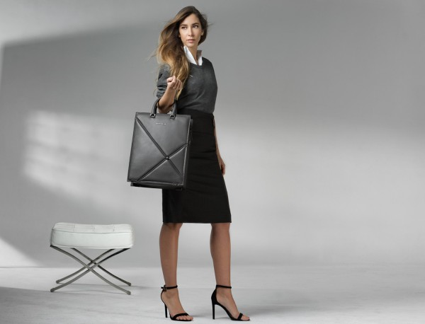 leather business bag woman gray lifestyle