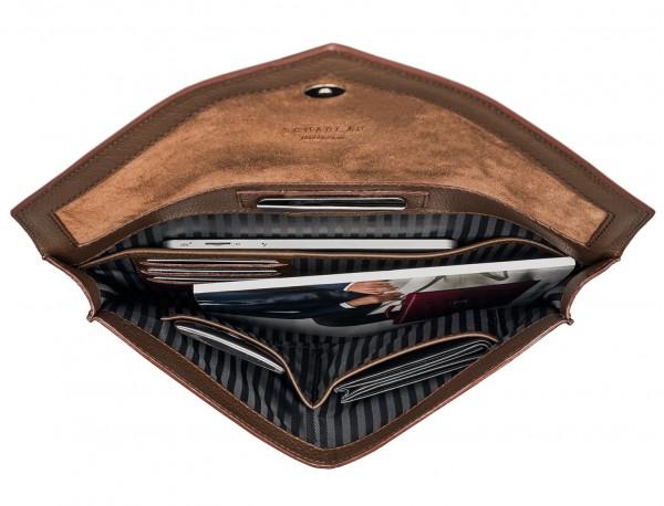portadocumentos de piel marrón interior