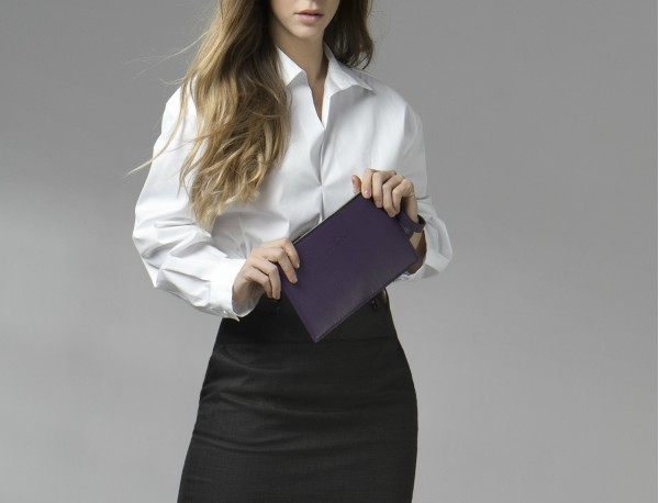 leather clutch gray lifestyle