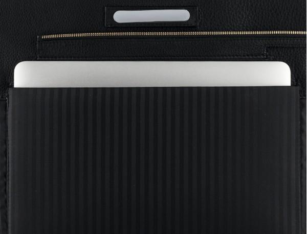 bolso de piel para portátil de mujer en negro placa