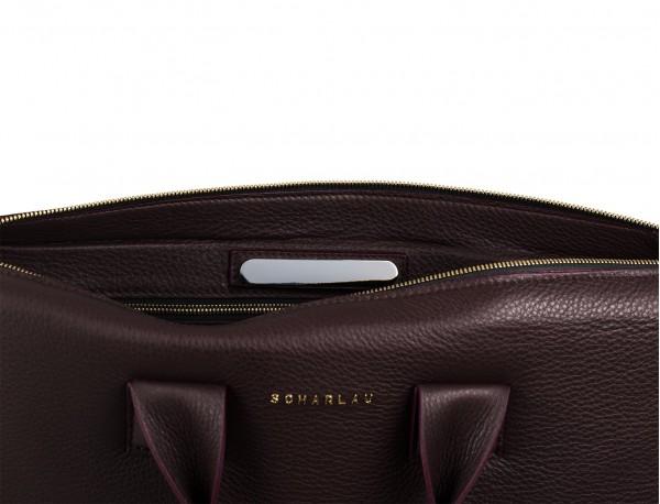 maletín de piel burdeos placa