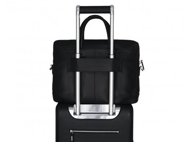 maletín de cuero negro trolley