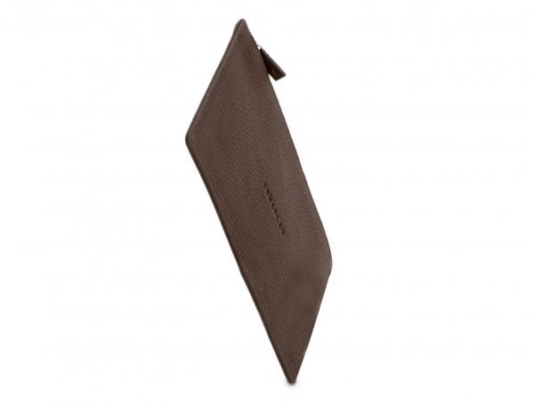 funda para mascarilla de cuero marrón lado
