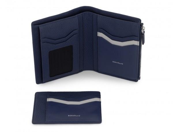 cartera grande de cuero azul abierto