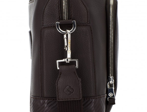 Leather briefbag in brown detail