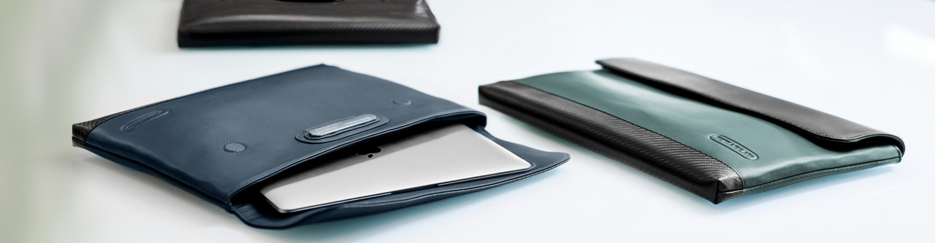 Portable Mobile Power Bank for iOS and Android